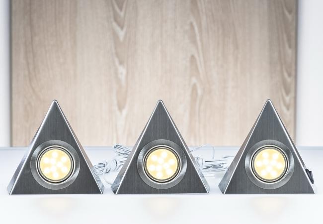 Lampen und Wohnzimmerleuchten hier online kaufen